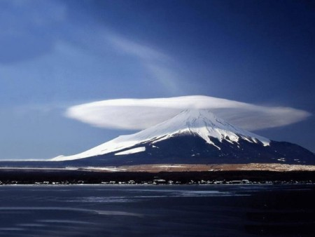 Lenticular cloud, Mt. Fuji, Japan