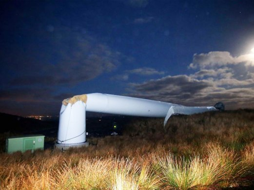 Turbine collapse County Tyrone 2nd January 2015 The Independant