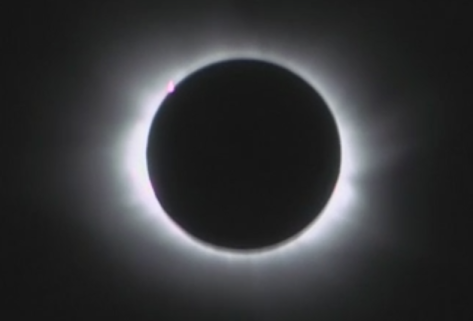 Totality over the Faeroe Islands (BBC)