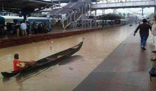 Monsoon railways in Bombay