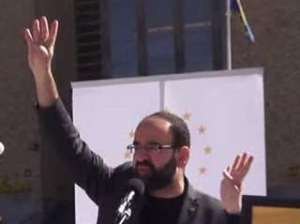 Kaplan  apparently making the Muslim Brotherhood sign Image: Expressen